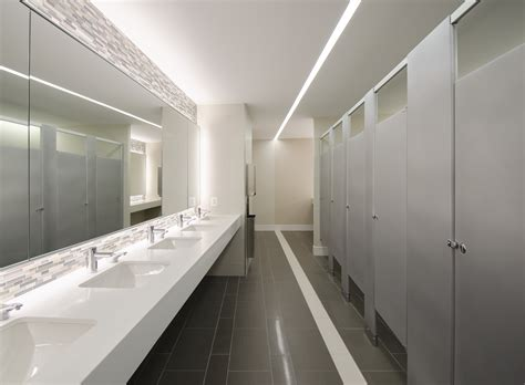 troiano enterprises  commercial bathroom image