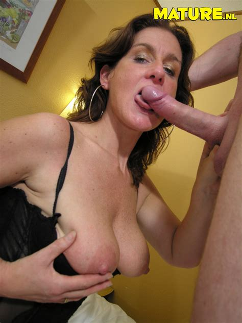 18911 12 123 453lo  In Gallery Manuela Dutch Milf Picture 15 Uploaded By Klappertroon On