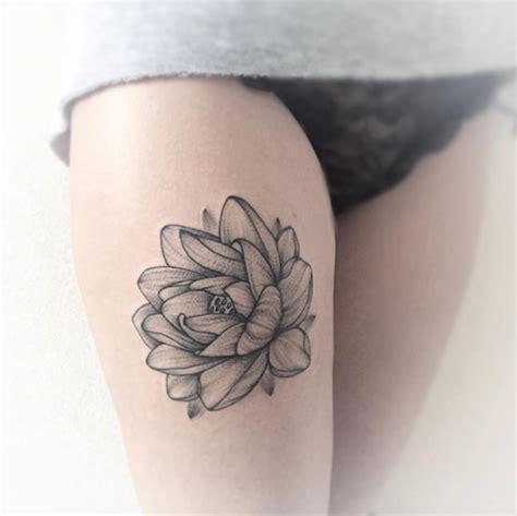 los mejores disenos de tatuajes de mujer en la pierna