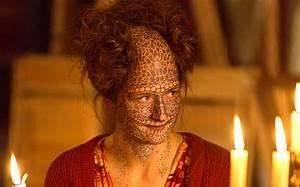 American Horror Story Recap: 'Show Stoppers' Slice Slice ...