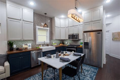 small kitchen ideas with dining table applying the small kitchen and dining room combo in your