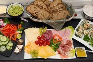 Oktoberfest Rezepte Buffet : brotzeit ideen aufstriche und rezepte party buffet pinterest brotzeit brot und rezepte ~ Buech-reservation.com Haus und Dekorationen