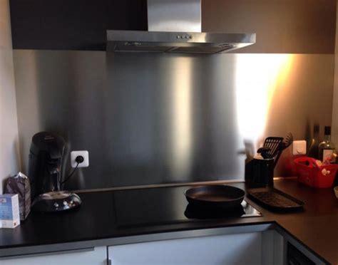 plaque d aluminium pour cuisine plakinox photos crédences inox réalisation de crédences plaques et fonds de hotte en inox