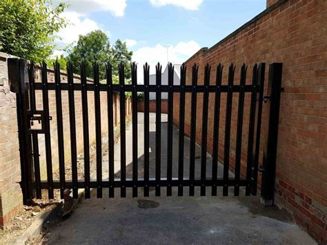 Steel Security Gates   Chelmsford, Essex   Chelmsford Fencing