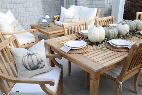 neutral fall outdoor tablescape cape cod farmhouse
