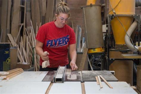 women  woodworking     work   local