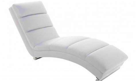 fauteuil relax blanc pas cher conforama poire pouf awesome pouf en resine tressee coloris rock denis garage phenomenal