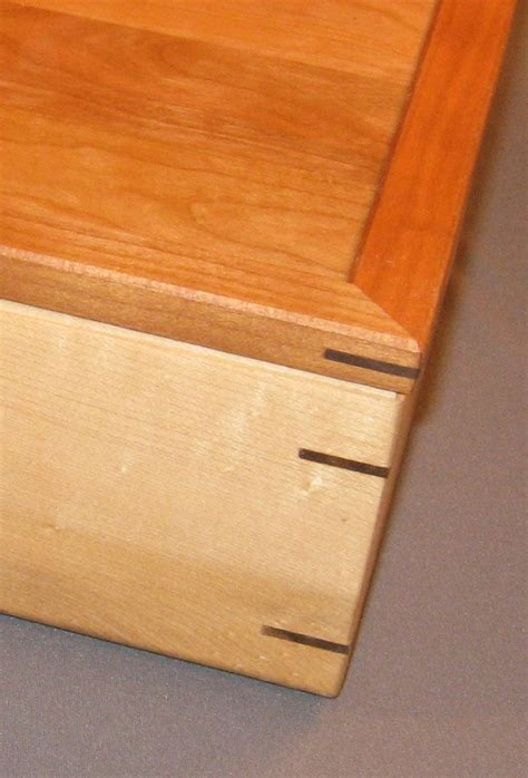 make hardwood floor spline splined miter joint strengthen miters with a decorative touch