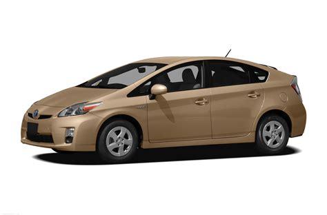 Toyota Prius by 2010 Toyota Prius Price Photos Reviews Features