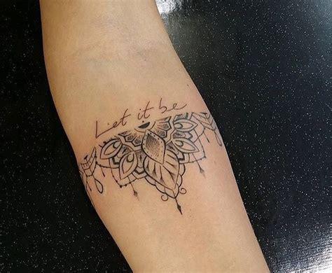 tatouage  de cheville mandala