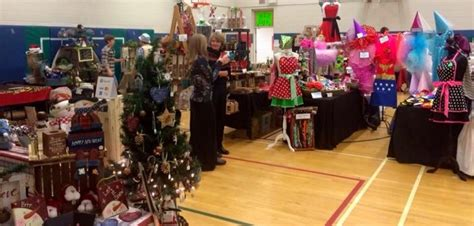 arts and craft shows help keep christmas spending local
