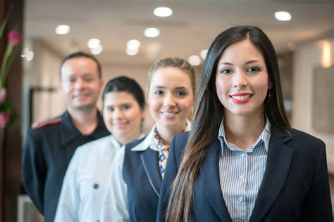 hotel front office manager salary duties requirements and salary for hotel gm position