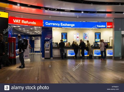 bureau de change heathrow currency exchange airport stock photos currency exchange
