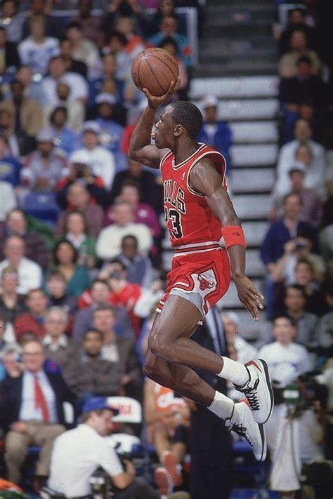 Pin by JMB2323 on Michael Jordan (The GOAT) | Michael ...