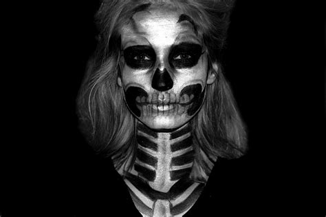 skelett gesicht schminken skull makeup tutorial linsenspiel