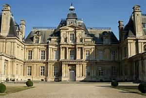 File:Le Château (4312231384) jpg Wikimedia Commons