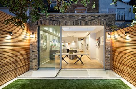 übergang Terrasse Rasen by Garten Terrasse Wandverkleidung Holz Rasen Verglasung
