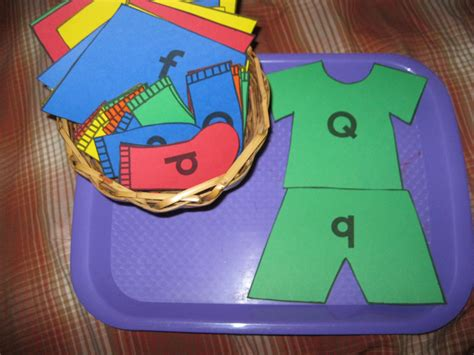 the preschool experiment tot trays laundry theme 587 | 20120416 0515