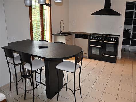 plan de travail cuisine arrondi intérieur granit plan de travail en granit noir