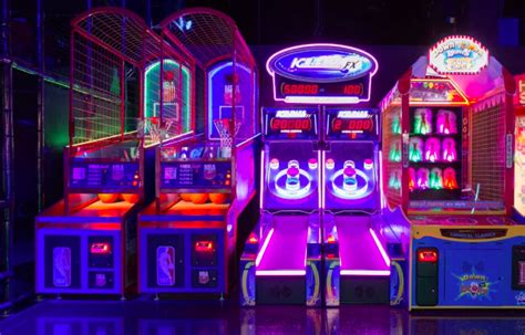 Most of these shows are good for kids 5 and older. GlowZone Las Vegas Family Fun Entertainment Center Offers Adult Nights and Specials for Kids of ...
