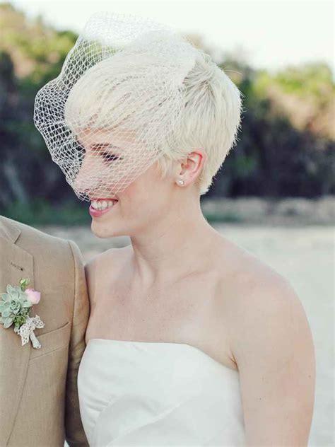 15 beautiful veiled short wedding hairstyles