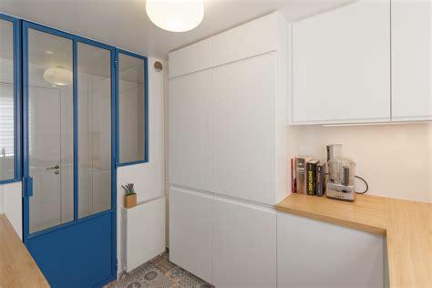 cuisine sous verriere verrière atelier carreaux ciment ambiance bleu canard