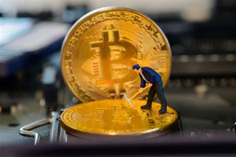 The bitcoin network has a global block difficulty. Bitcoin: Mining difficulty hits second largest drop in history | Bitcoin News - Tokeneo