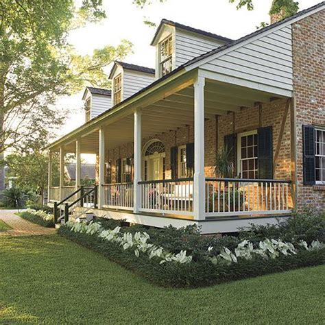 House Porches Designs Photo Gallery by 25 Best Ideas About Front Porch Landscape On