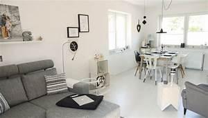 Kleines Zimmer Schön Einrichten : wohnzimmer mit essecke einrichten ~ Bigdaddyawards.com Haus und Dekorationen