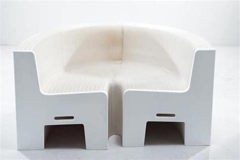 Flexiblelovewhite  Ein Sofa Aus Papier Sanviede