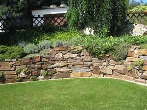 Gartengestaltung Mit Natursteinen : natursteinmauer gartengestaltung zangl ~ Markanthonyermac.com Haus und Dekorationen