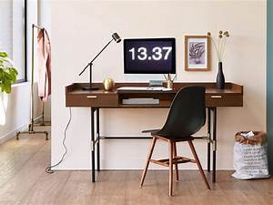 Bureau Bois Pas Cher : un bureau en mode vintage joli place ~ Teatrodelosmanantiales.com Idées de Décoration