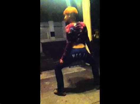 Aunt Twerking Youtube