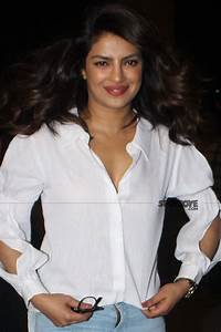 Absolutely Free Resume Priyanka Chopra Leaves For Ireland To Resume Quantico 3 Shoot
