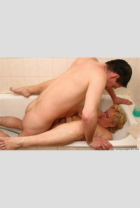 mom Lovers | Mom son porn