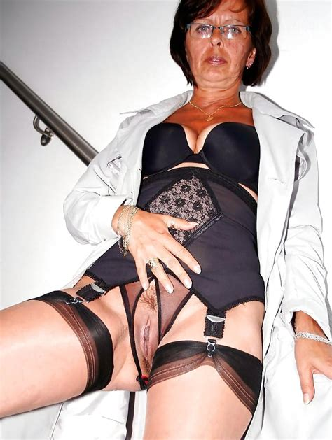 sexy mature And Milf 48 pics