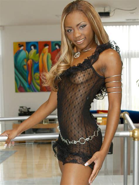 Persia Black Videos Ebony Actress
