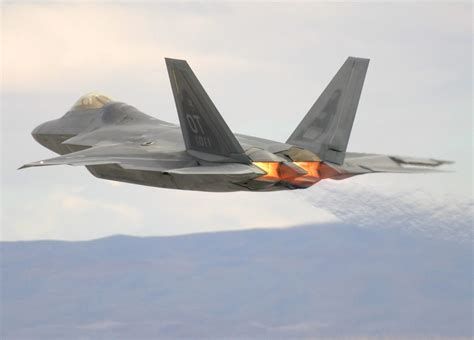 F-22 | AircraftRecognition.co.uk