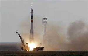 Soyuz rocket launches on mission to space station