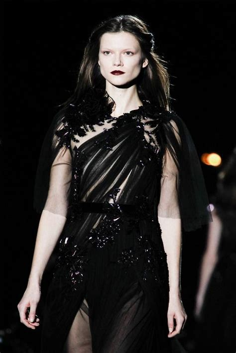 gothic fashion for women a dark beauty fashion gothic
