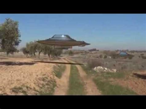 ufo ovni filme pour la premiere fois daussi pres  ufo