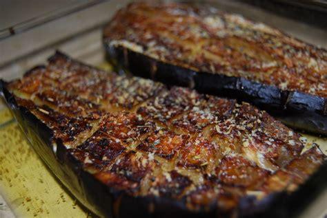 cuisiner aubergine rapide aubergines au four tout simplement humm a vos