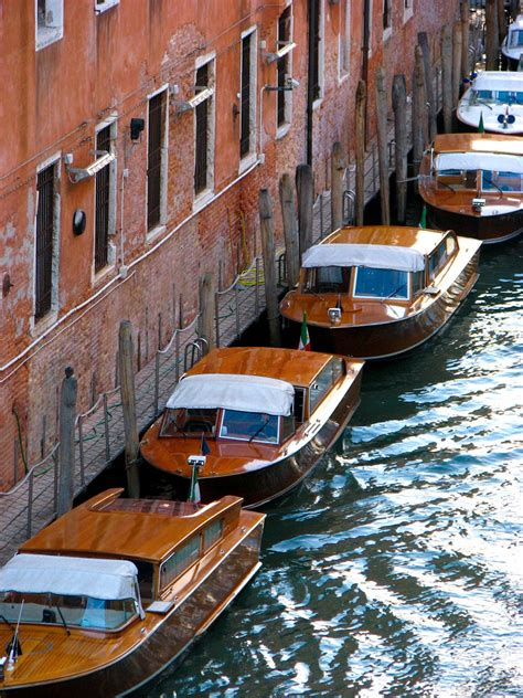 Water Taxis Venice Italy If It Floats Pinterest