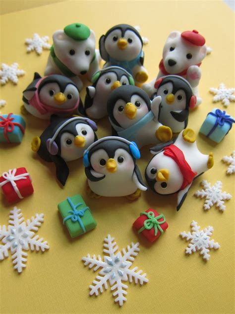 how adorable are these penguin family cake toppers they are edible what a