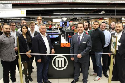 Makerbot Opens First Miniretail Offering In New York's B