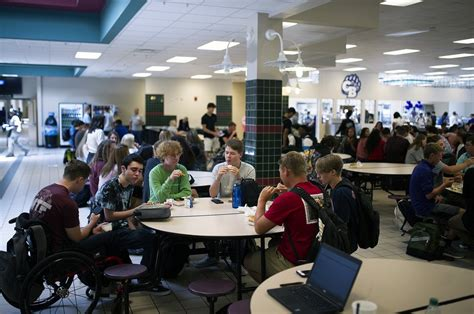fall break longer school calendar hall