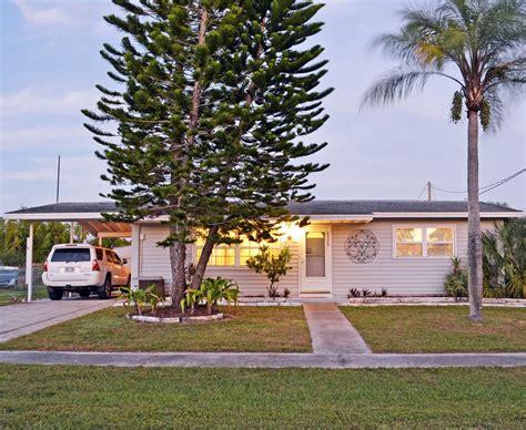10 bedroom vacation rentals in florida two bedroom one bathroom florida vacation vrbo