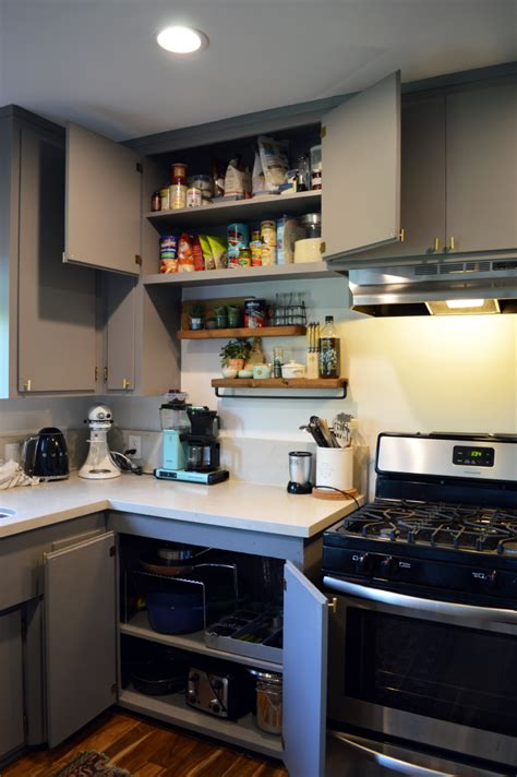 tips  organizing  kitchen cabinets  keeping