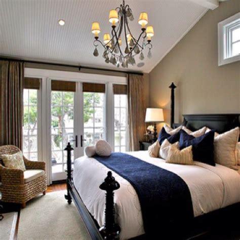 navy master bedroom best 25 navy bedrooms ideas on pinterest navy blue 12684 | 0e80286050a31e0e49be0f08a6a17d04 navy bedrooms master bedrooms