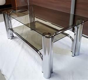 Petite Table En Verre : petite table basse en verre fume 1970 luckyfind ~ Teatrodelosmanantiales.com Idées de Décoration